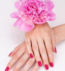 Manicure metodą żelową + lakier